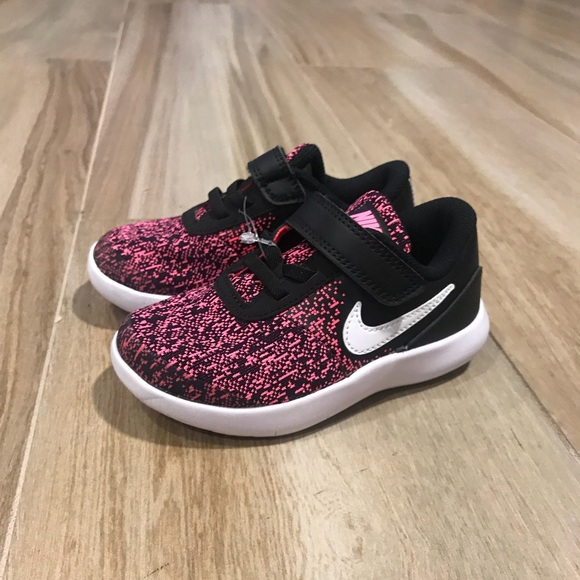 a494a342aa3 NEW Nike Flex Contact Toddlers Girls Shoes. M 5b3f04004ab633abd4ebfe1a